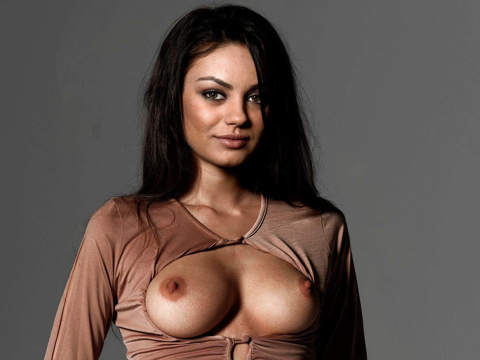 Is So Hot And Sey Some Pictures Pics Here I Love Mila Kunis Pussy