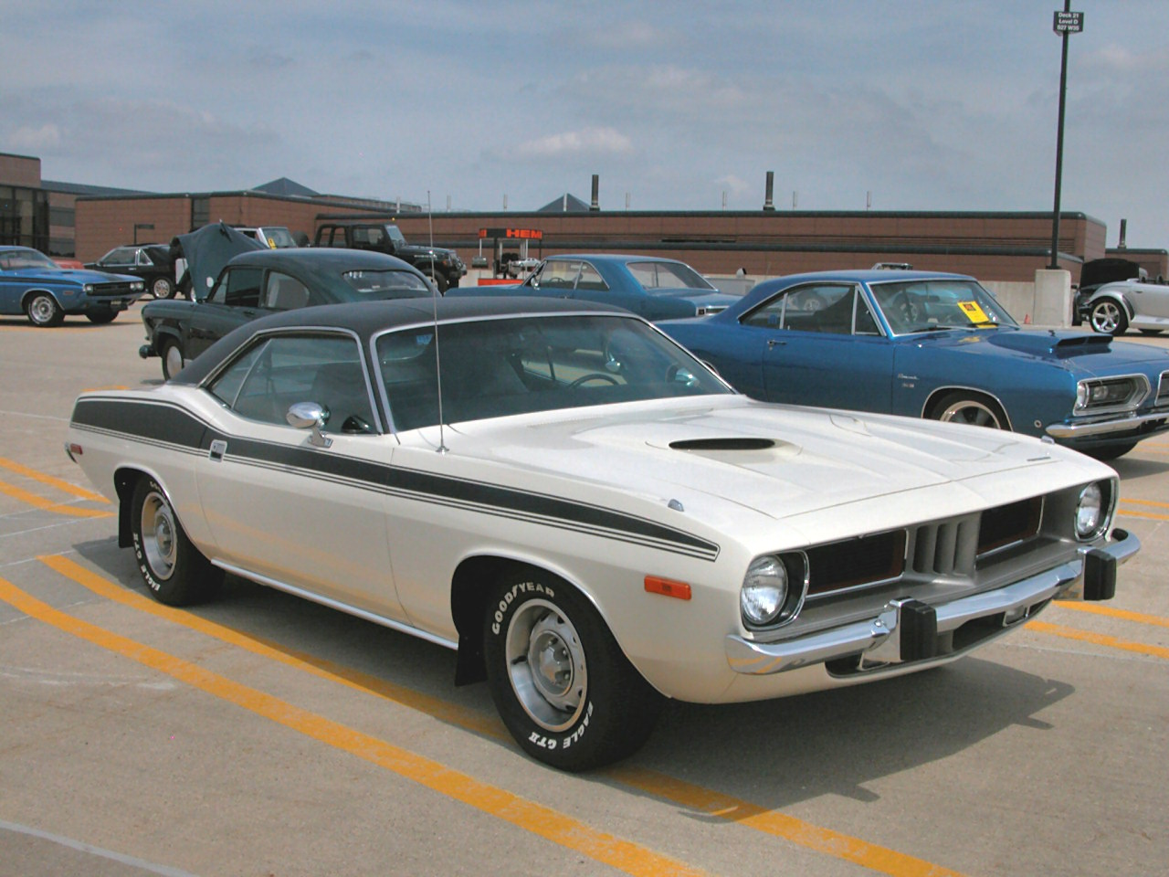 1974 Plymouth Barracuda Classic Car Pictures