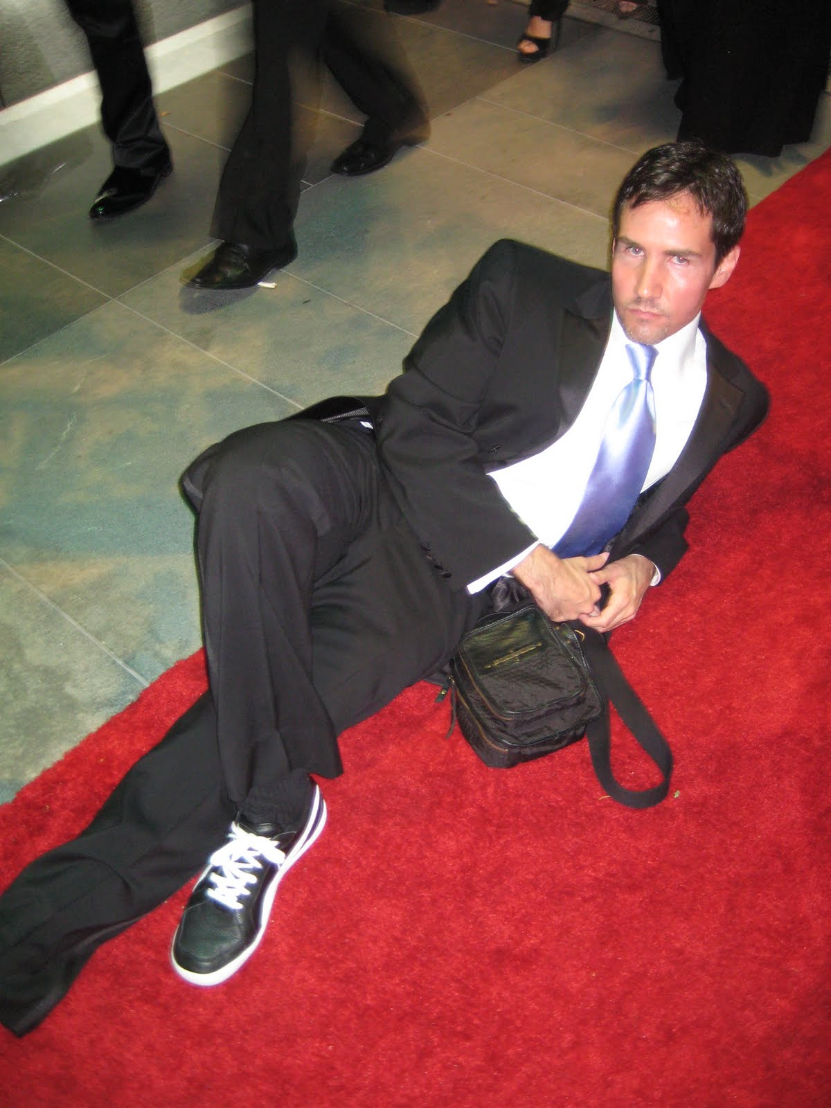 http://2.bp.blogspot.com/_NRc3wPeWHaM/TQFj_RuGP4I/AAAAAAAAAZA/MEq4C-xomuk/s1600/LA-Emmys%252B09%252B158.jpg