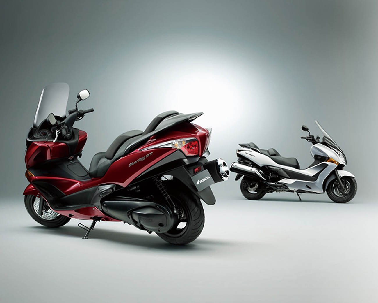 honda silverwing gt 600 best motorcycle wallpaper. Black Bedroom Furniture Sets. Home Design Ideas