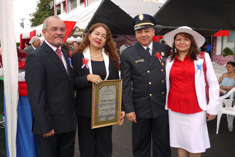 GOBERNADOR DE LA PROVINCIA DE CHIRIQUI Y EL RECTOR DE LA UNACHI, EN EL PALACIO MUNICIPAL DE DAVID.
