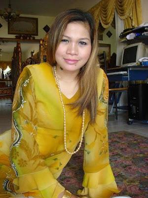 Foto Janda Kaya Menggairahkan Gambar Hot Nakal