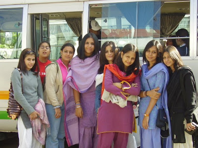 School Girls on Image  Indian College Girls Jpg