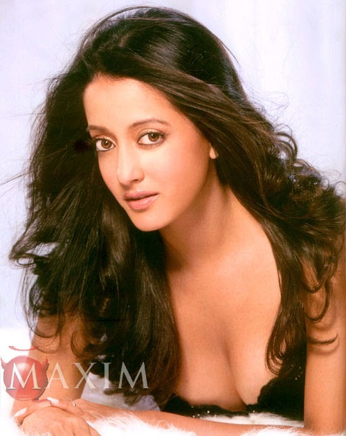 Raima Sen Nude Photos 98