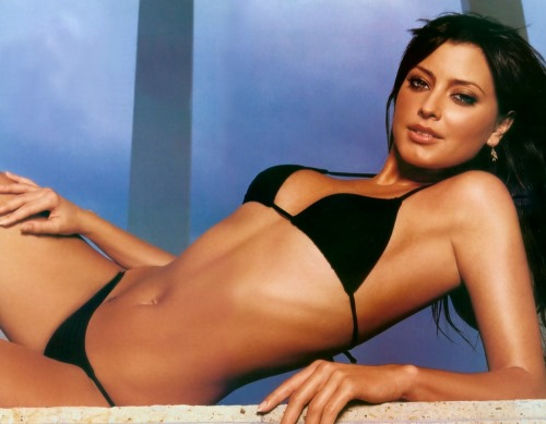 Sexy Holly Valance Photoshoot