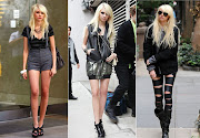 And last but not least, Taylor Momsen. She's definitely my kinda chick.