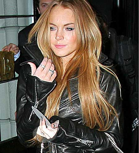 lindsay lohan hairstyle. lindsay lohan hair colour.