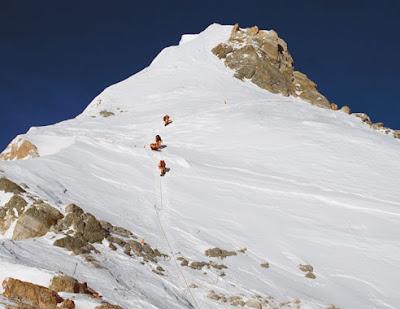 Mount Everest Beautiful Wallpaper