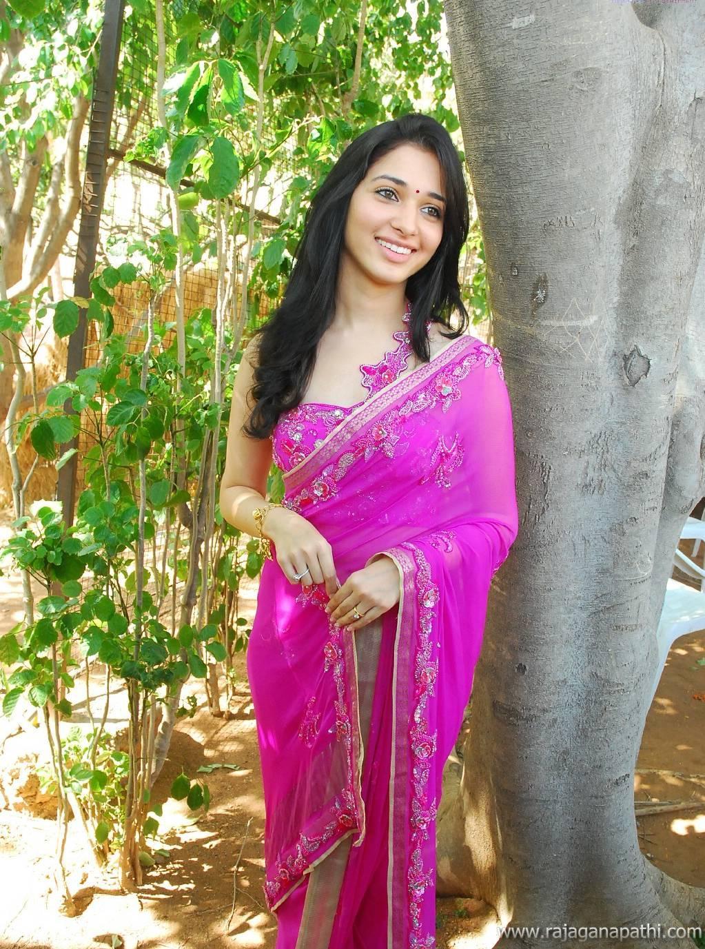imageforge.us image sandra Filename: TAMANNA BHATIA HOT TAMANNA BHATIA IN SAREE TAMANNA WEARING SAREE  (11).jpg