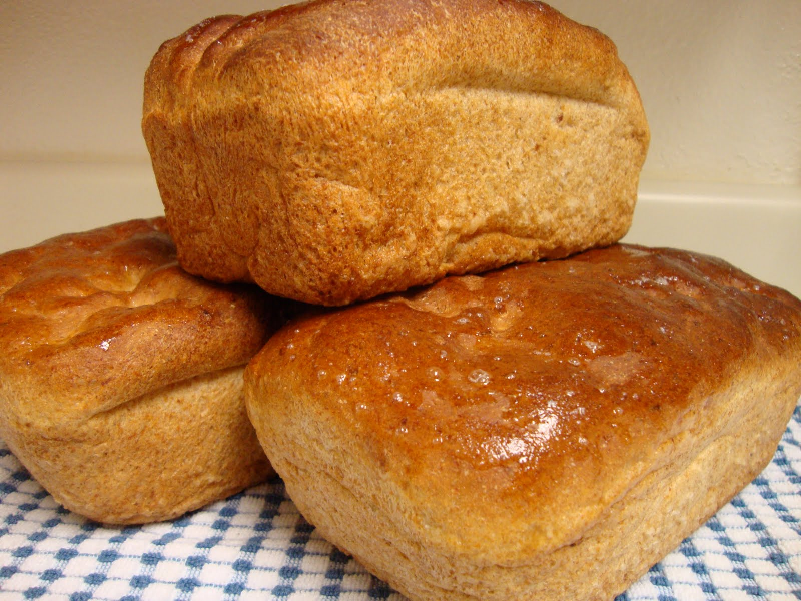 Learn How To Bake All Natural Whole Wheat Bread From Scratch How To Make Whole Wheat Bread Using A Stand Mixer If You End Up Making Lots Of Homemade Bread