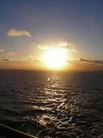 Faça como o Sol, que se ergue a cada dia sem lembrar-se da noite que passou