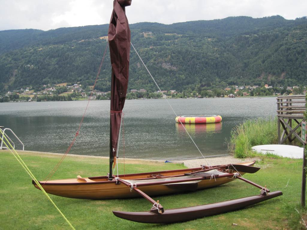 Outrigger sailing canoes ulua in austria for Plans for canoe