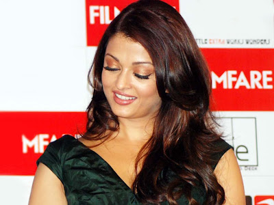 Wallpapers Of Aishwarya Rai Latest. Aishwarya Rai Wallpapers at Filmfare. Aishwarya Rai at Filmfare