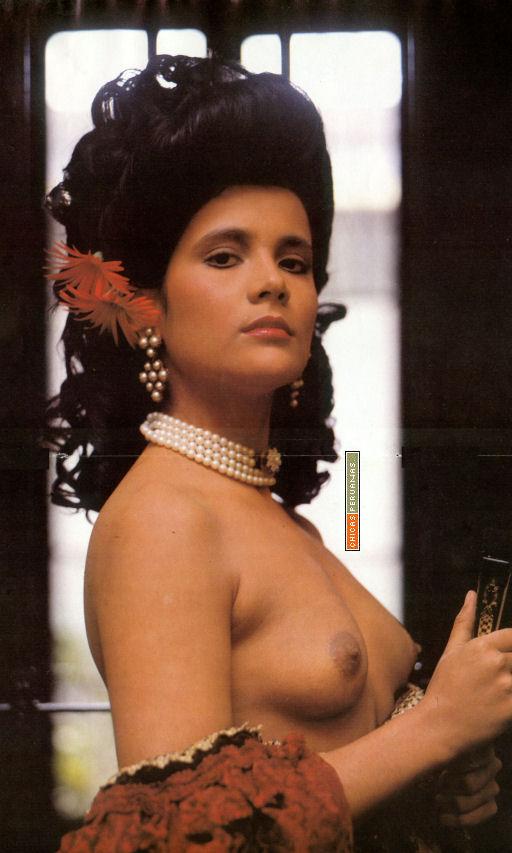 Monica Sanchez: Galeria Monica