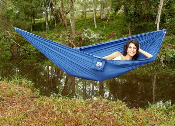 hammock bliss ultralight one of the lightest most  pact full size hammocks on the market  weighs only 13 ounces and packs down to fist size   39 95  gear watch  outdoor retailer part 3   amc articles  rh   qaprod outdoors org