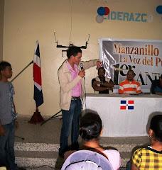Camilo Then, resalta ante jovenes Manzanilleros, los logros de Manzanillo al Dia, en su 1er. Año.