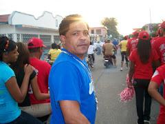 Anthny Vasquez, en el desfile posa para este medio