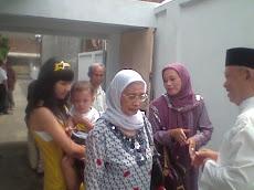 Kel.Ibu Mumun, Ibu Yeyen N anak