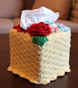 Knitting Pattern Tissue Holder : KNOTS N CRAFTS: Crochet Tissue Box Cover