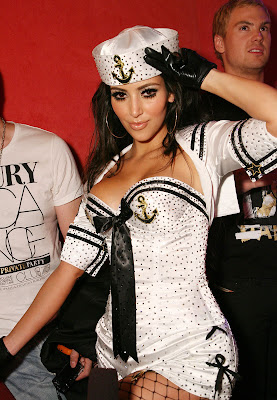 Kim Kardashian Pussycat Dolls Performance Photo Gallery