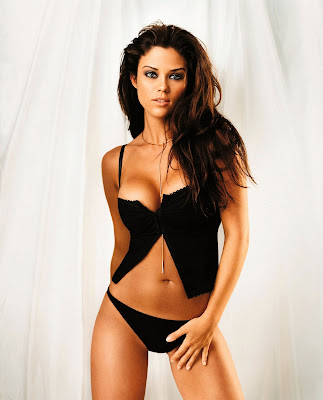 Susan Ward lingerie photo shoot