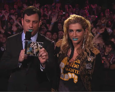 kesha on Jimmy kimmel 2010