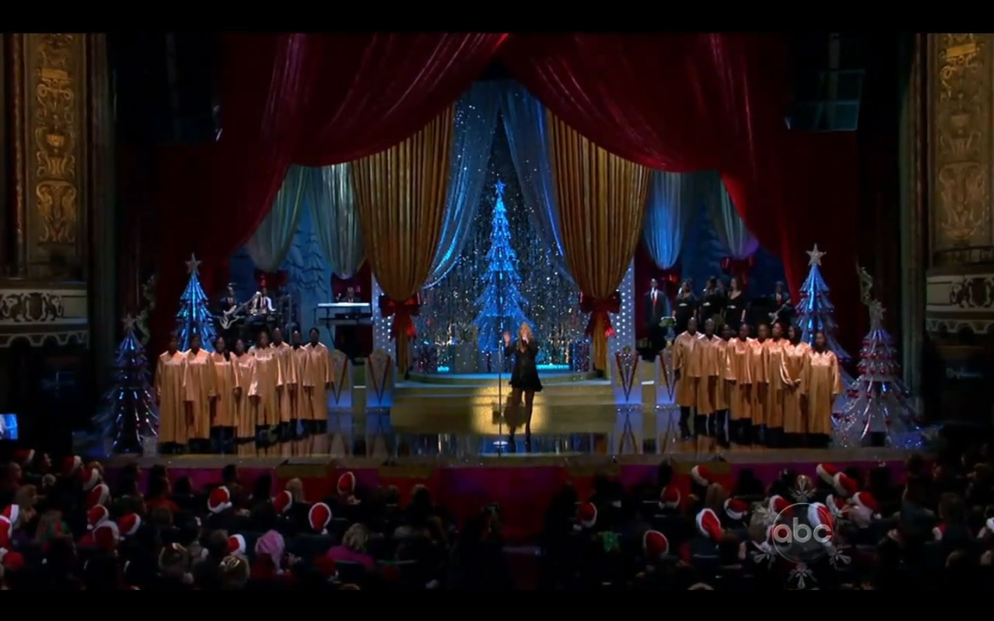 mariah carey abc christmas special 2010 watch and read the review lip synced or not