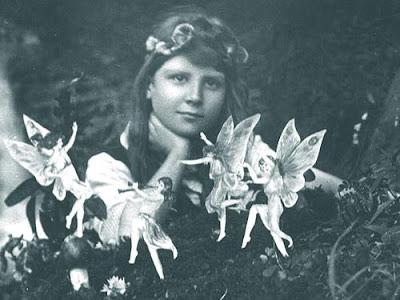 Ilustraciones para dejar volar la imaginación Arthur+conan+doyle_fairies_sm