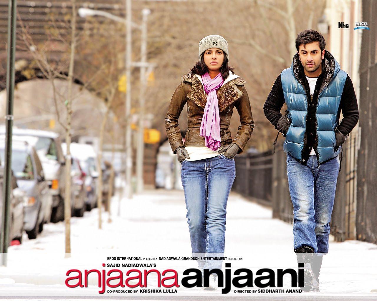 Break Comcs Anjaana Anjaani Movie Wallpapers Download