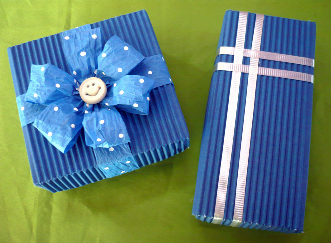 D talles lym cajas para regalo for Cajas de regalo de carton