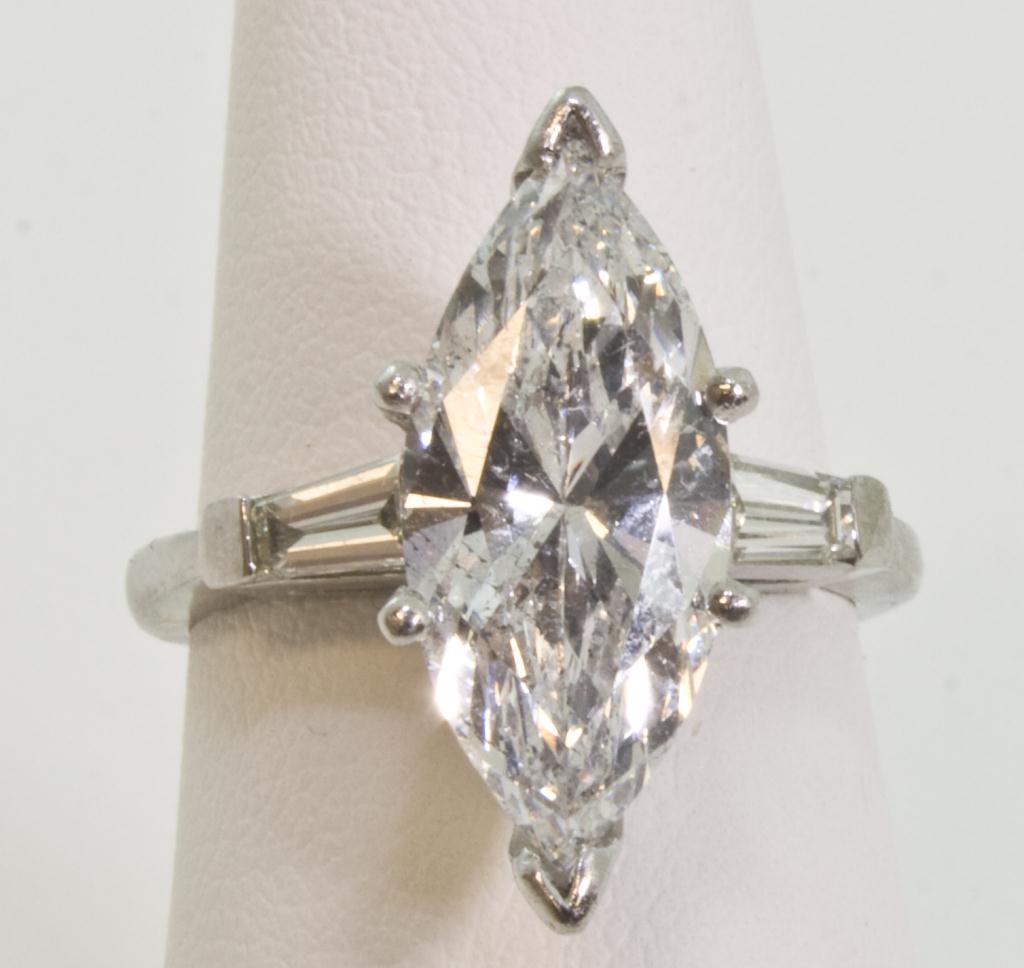 Diamond Jewelery Engagement Wedding Rings Earrings Fashion Designs ...