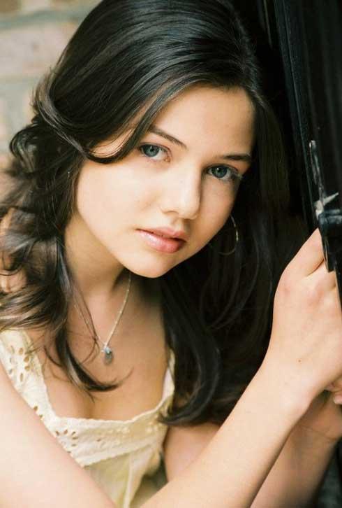 Samantha  Ritchis Danielle-campbell-disney-1