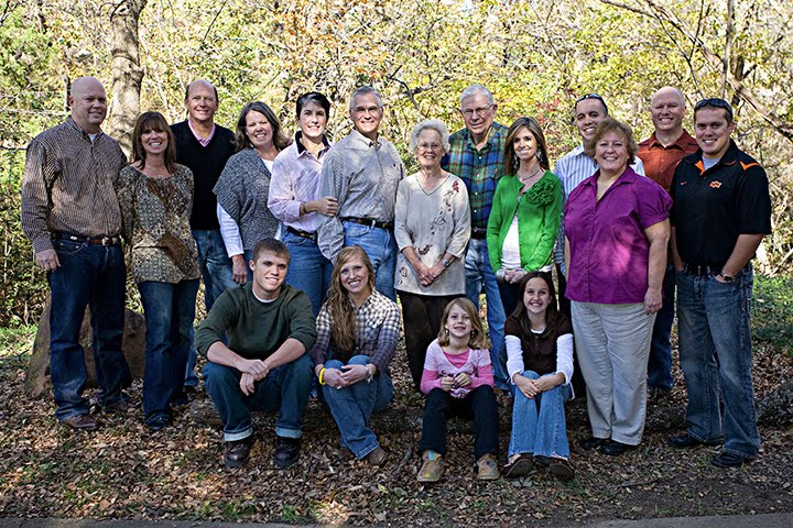 [balch+family+photo+thanksgiving+09]