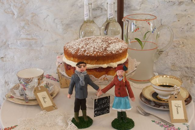 The bride and groom had a Victoria sponge for their wedding cake