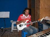 APRENDA A TOCAR! (guitarra, violão e baixo)