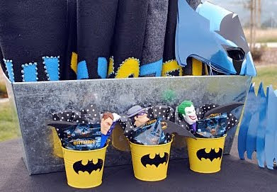 Batman Themed Party Invitations For Sale