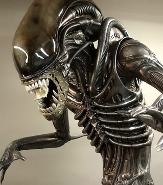 Alien+5+by+Ridley+Scott+after+Predators.jpg