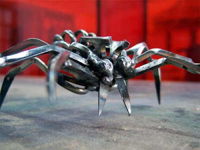Sculptures Created From Scissors (14) 11
