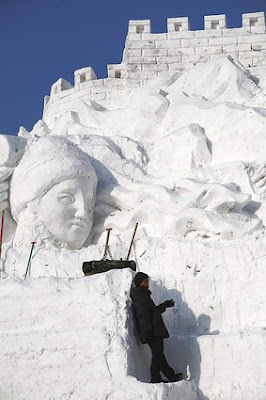 Most Creative Ice and Snow Sculptures 8