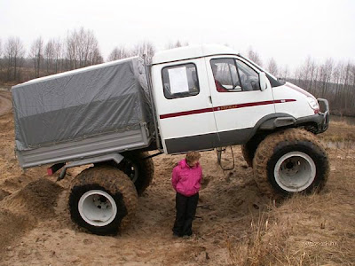 Cars designed to run in mud (7) 4