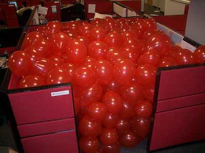 Top Office Pranks (5) 1