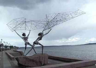 Interesting Statues From Around The World (36) 14