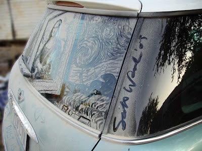 Painting on car windows using dirt (11) 13