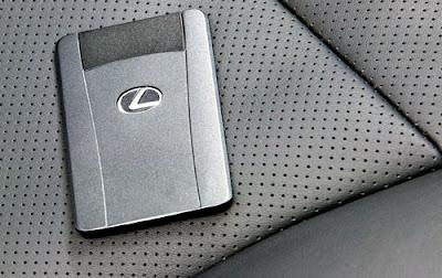 Lexus key