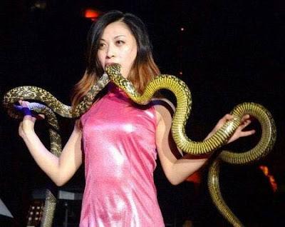 The snake women