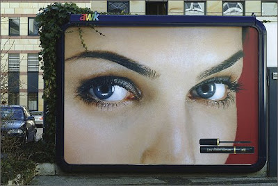 Max Factor's Rain-Sensitive Billboard (2) 1