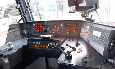 A Railroad Engineer's Workplace (12) 2
