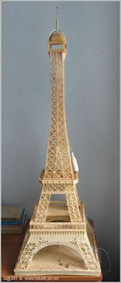 Eiffel Tower made from matchsticks (4) 1
