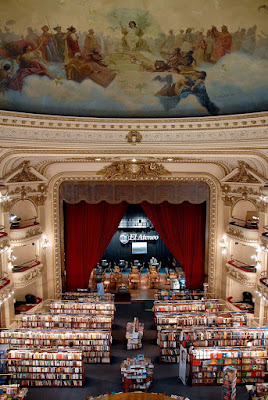 Inside view of El Ateneo