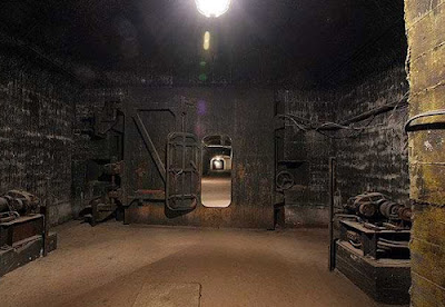 Soviet Underground Submarine Station (20) 19